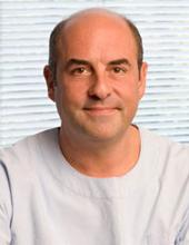 dr Thanos Paraschos gynecologist